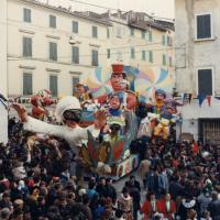 1987_Maschere in festa alla corte di re Giocondo_3 classificato.jpg